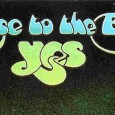 YES-i bywają często na łamach Lizarda, czemu ciężko się dziwić – to jedna z absolutnie czołowych grup progresywnych w historii muzyki. 2 czerwca zespół wystąpi w Warszawie, gdzie zagra pełny […]